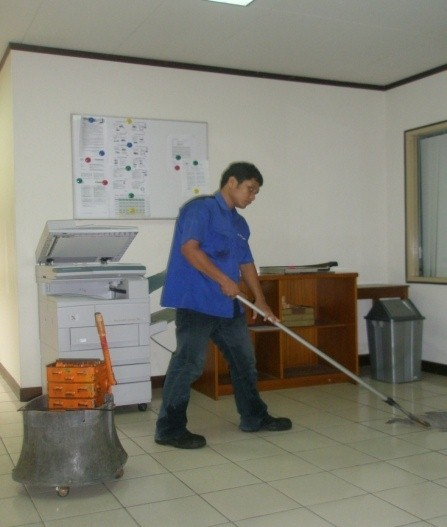 Cleaning Service Office PT Trakindo Utama Balikpapan
